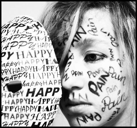 happy-pain-mask